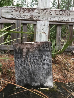 Yearling Trail headstone