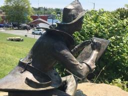 Gloucester statue
