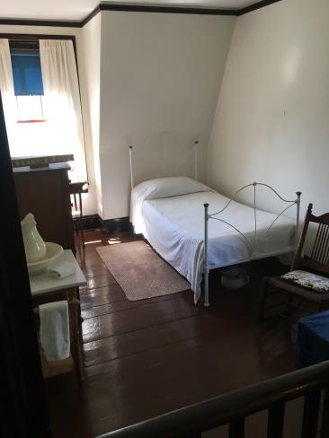 Franklin cabin 34