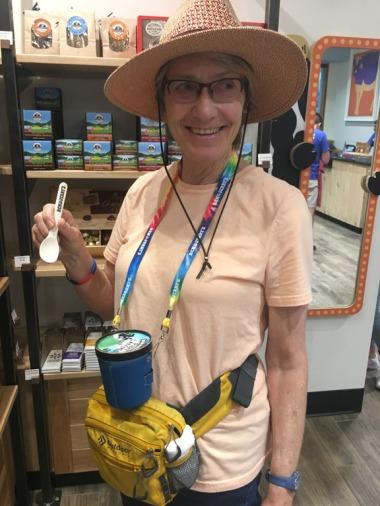Hands free Ben & Jerry's ice cream holder